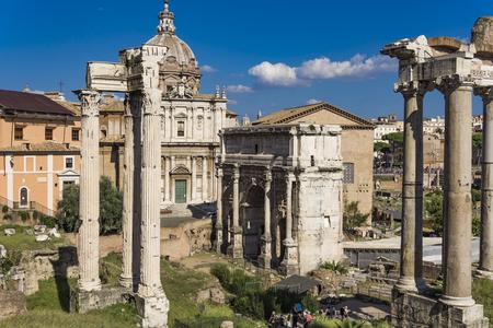 View at Septimius Severus Arch in Roman forum, Rome, Italy 스톡 콘텐츠