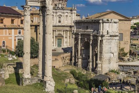 View at Septimius Severus Arch in Roman forum, Rome, Italy 스톡 콘텐츠 - 111347207