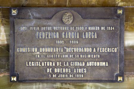 BUENOS AIRES, ARGENTINA - JANUARY 19, 2018: Detail from house in Buenos Aires where Federico Garcia Lorca lived during his visit to Argentina. During that time this spanish poet give lectures and direct the Argentine premiere of Blood Wedding. 新聞圖片