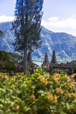 Detail from the Ulun Danu Beratan Temple in Bali, Indonesia Banco de Imagens