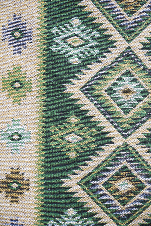 Detail of the traditional Georgian handmade carpet with typical geometrical pattern Banque d'images - 124399401