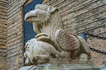 Detail of the griffin at entrance to St. Justina Basilica, Padua, Italy Banque d'images - 126058226