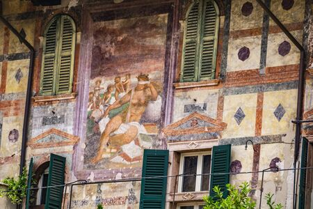 Detail of Mazzanti Houses in Verona, Italy. This buildings was owned and frescoed by Mazzanti family at 16th century. Reklamní fotografie