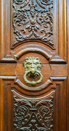 Closeup of the vintage door knob from Eix-en-Provence in France Stockfoto