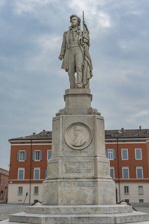 MODENA, ITALY - FEBRUARY 17, 2018: Sculpture of Italian patriot Ciro Menotti in Modena, Italy. statue was made by sculptor Cesare Sighinolfi at 1879. 報道画像