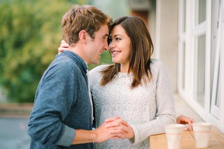 parejas jovenes: Pareja en el amor