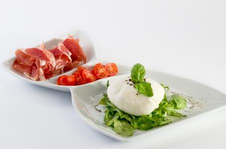 Burrata with prosciutto