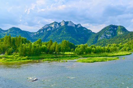 The Three Crowns over The Dunajec River  The Pieniny mountain range in Poland  Banco de Imagens