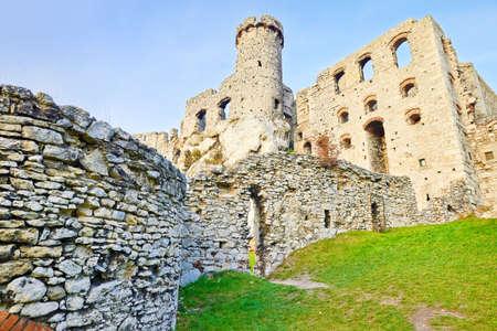 ogrodzieniec: Ruins of old medieval The Ogrodzieniec Castle in Poland
