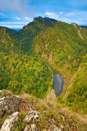 The Dunajec River Gorge in The Pieniny Mountains, Carpathians  The Three Crowns massif visible from The Sokolica Mountain  Candid landscape  Banco de Imagens