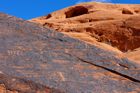 Petroglyphs in the Valley of Fire state park, Nevada Stock Photo