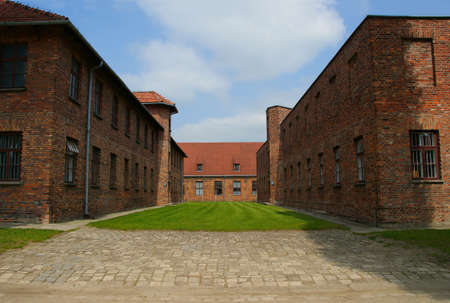 Auschwitz, Poland / MAY 28 2008: Prisoner's barracks in Auschwitz - Birkenau concentration and extermination camp built and operated by Nazi Germany in German-occupied Poland by the Third Reich. 新聞圖片