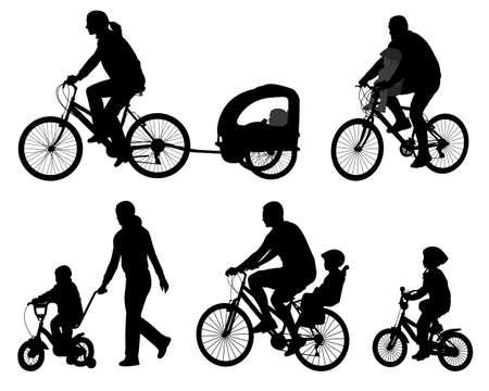 genitore figlio: genitori andare in bicicletta con i loro bambini silhouettes - vector
