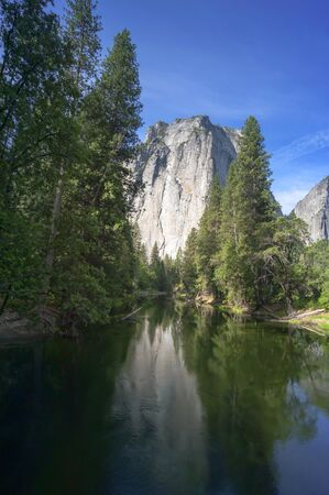 cascade range: Yosemite Midle Cathedral and Merced River, national Park