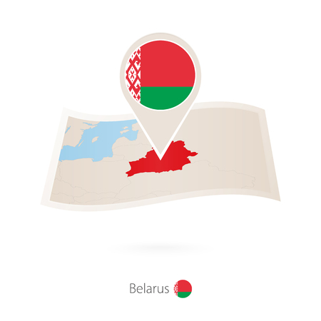 Folded paper map of Belarus with flag pin of Belarus vector illustration. Archivio Fotografico - 100593675