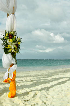 venue: Flower decoration at the beach wedding venue