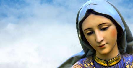 nascita di gesu: Maria, la Madre di Gesù è stato scelto da Dio per dare alla luce il Salvatore del mondo