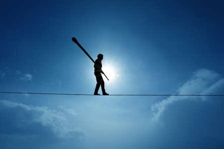 綱渡りロープ論についてリスクを冒して、挑戦の分散