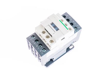 relais voor DIN-rail 100 ampère met bescherming
