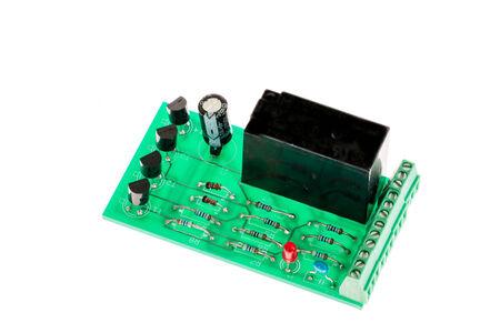 transitor: Boardwith Electronic rel�s, transistores y condensadores