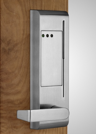 12414191: Electronic lock on door
