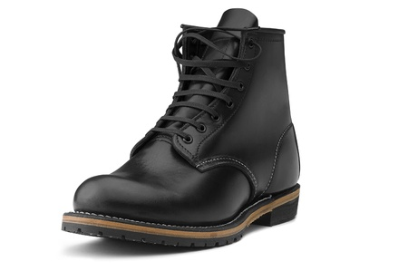 brune: Black boots on white background