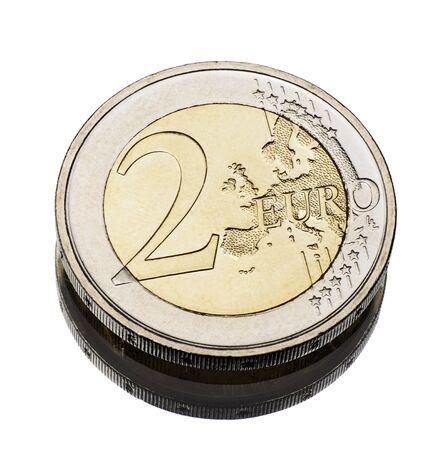 pièce de deux euros porté sur blanc