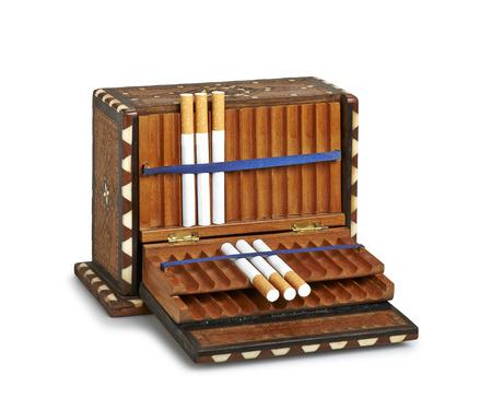 Stare kutije za cigarete! - Page 2 23846331-cigarettes-in-old-wooden-box-clipping-path