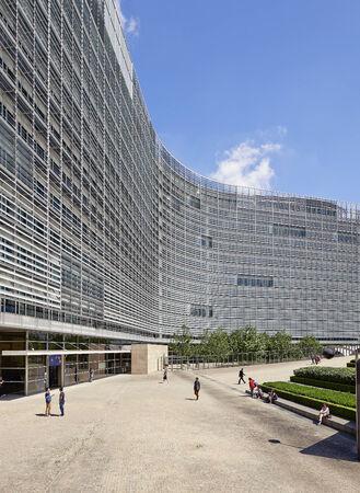 Brüssel, Belgien - 16. Juli 2014: Das Berlaymont ist ein Bürogebäude, die den Sitz der Europäischen Kommission, die die Exekutive der EU ist, beherbergt die am 16. Juli in Brüssel