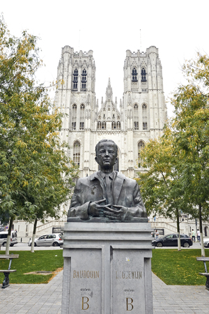 baudouin: BRUSSEL,BELGIUM - 07 SEPTEMBER 2014: King Baudouin Statue in front of St. Michael and St. Gudula Cathedral in Brussels, Belgium, the 07 september 2014