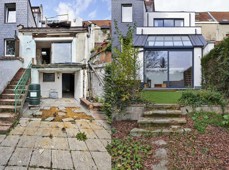 Construction of a new part from old house before and after Stockfoto