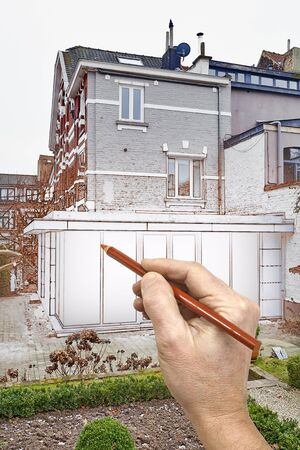 Superior Zeichnung Renovierung Einer Neuen Modernen Erweiterung Eines Hauses Mit  Großen Brillen Fenster Und Türen Photo
