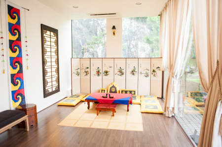 korean style house: Korea Traditional room