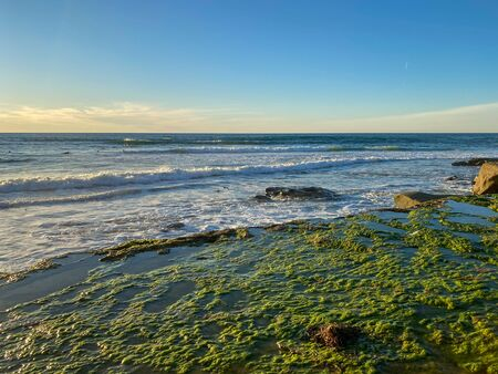 La Jolla shores and beach before sunset twilight in La Jolla San Diego, Southern California Coast. USA. Blue waters of the Pacific Ocean Coastline Imagens