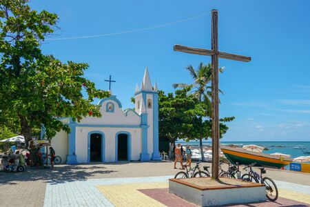 February  22nd, 2019: Church of Sao Francisco De Assis. Little church in the middle of the village of Praia Do Forte, Famous tourist attraction in state of Bahia, Brazil. Zdjęcie Seryjne - 138487184