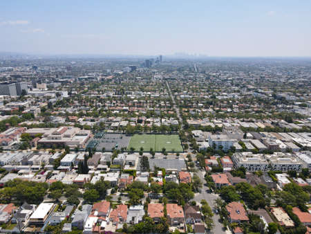 Aerial view of Beverly Hills, city in Californias Los Angeles County. Home to many Hollywood stars. Archivio Fotografico