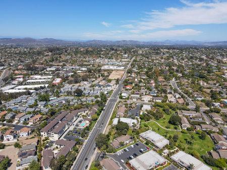 Aerial view of suburb area with residential villa in San Diego, Encinitas, South California, USA. Archivio Fotografico