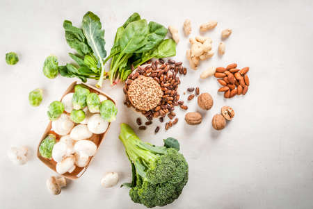 Selection of products with a high content of vegetable protein: broccoli, brussels sprouts, nuts - walnuts, hazelnuts, almonds, peanuts - beans, lentils, chickpeas