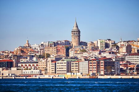 Istanbul cityscape in Turkey with Galata Kulesi Tower. Ancient Turkish famous landmark in Beyoglu district, European side of city. Architecture of the Constantinople.Historical place made by Genoese 版權商用圖片