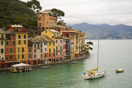 case colorate: Le case colorate di Portofino Archivio Fotografico