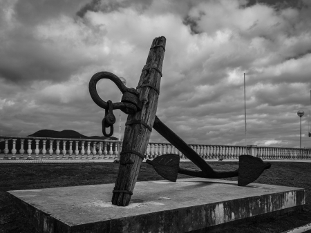 ship anchor: Monument to fishermen
