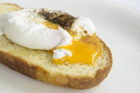 benedict: egg benedict toast english breakfast plate