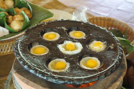 quail egg: quail egg cook preparation food fried breakfast