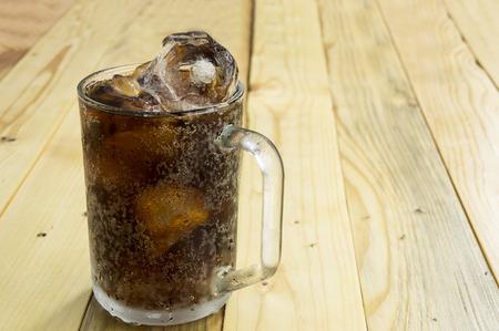 beber refresco taza cola líquida cafeína cristal