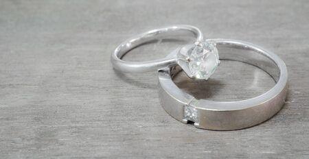 Diamond Wedding Ring Фото со стока