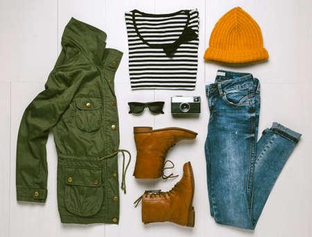 Outfit von Frau hipster Standard-Bild - 25680803