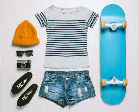 Outfit de mujer patinadora Foto de archivo - 25680816