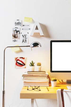 Desk di lavoratore creativo. Archivio Fotografico - 31385783