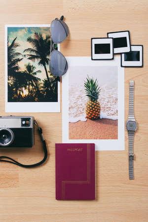 foto carnet: Todav�a la vida de los objetos de viaje.