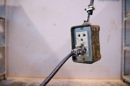 parget: muddy wall plug modify for using inside public clay pot workshop